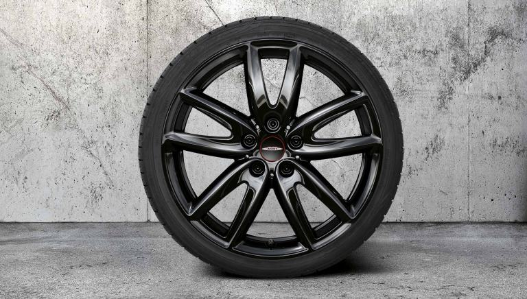 "Llanta JCW Grip Spoke de 18"" – negro Jet Black – 815"