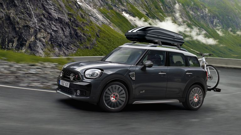 MINI Countryman con bicicleta