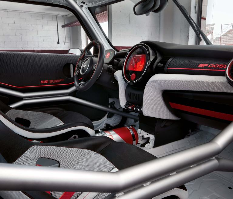 MINI John Cooper Works GP Concept: cabina